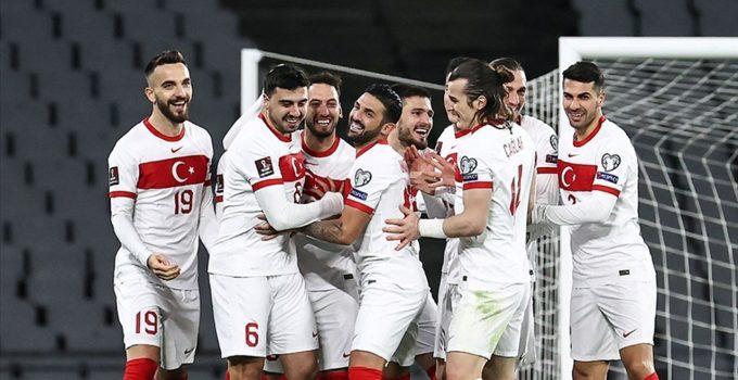 Türkiye-Letonya maçına, stat kapasitesinin yüzde 15'i kadar seyirci alınacak