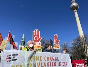 Almanya'da artan konut kiraları protesto edildi