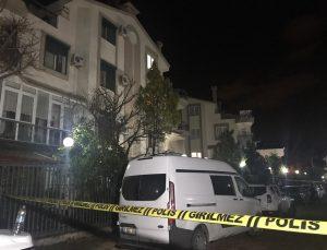 Antalya'daki bir villada aynı aileden 4 kişi silahla vurulmuş halde ölü bulundu