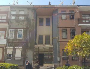 Aydın'da inşaattan düşen 2 işçi yaralandı