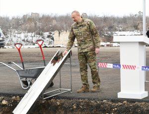Azerbaycan Cumhurbaşkanı Aliyev, işgalden kurtarılan bölgelerde yeni kara yollarının temelini attı