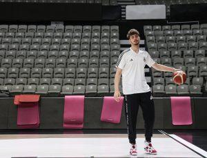 Beşiktaş'ın genç basketbolcusu Alperen Şengün, NBA'ye erken gitmek istiyor: