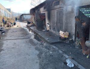 Bosna Hersek'te eski metal fabrikası yüzlerce göçmene sığınak oldu