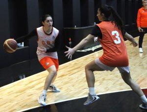 ÇBK Mersin Yenişehir Belediyespor, Büyükşehir Belediyesi Adana Basketbol maçına hazırlanıyor