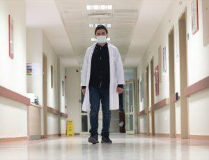 Dünyaya gözlerini açtığı hastanede şifa dağıtıyor