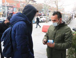 Erzincan'da hafta sonu Kovid-19 tedbirlerine uymayan 28 kişi ile 3 işletmeye para cezası kesildi