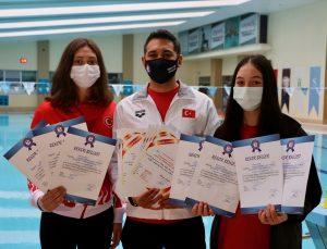 """Havuzun """"rekortmen"""" kızları, 2024'teki olimpiyatlara katılmak istiyor"""