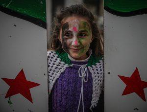 İç savaşın 11. yılına girdiği Suriye'de gösteriler düzenlendi
