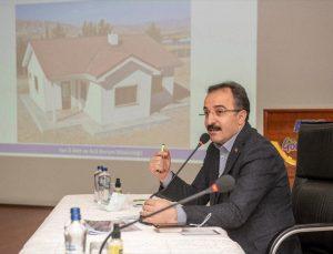 İçişleri Bakan Yardımcısı İsmail Çataklı, Van'daki deprem toplantısında konuştu: