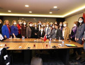 İYİ Parti Genel Başkanı Akşener, Güneşin Kadınları Kadın Kooperatifi heyetini kabul etti