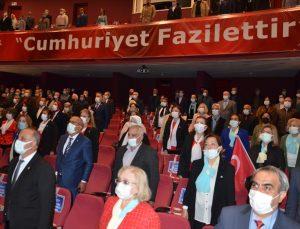 """İYİ Partili Tatlıoğlu """"özgür ve demokrasinin yükseldiği bir Türkiye"""" istediklerini belirtti"""