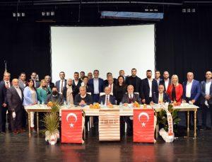 İzmir Mardinliler Federasyonu Başkanı Ahmet Tunç güven tazeledi