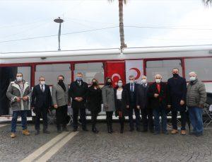 İzmir'de sivil toplum kuruluşları desteğiyle kan bağışı kampanyası