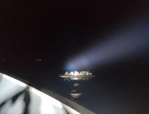 İzmir'de Türk kara sularına itilen 22 sığınmacı kurtarıldı