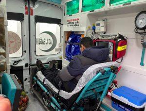 Kovid-19 testi pozitif çıkan baba ve oğlu, Aksaray'da yolcu otobüsten indirilip karantinaya alındı