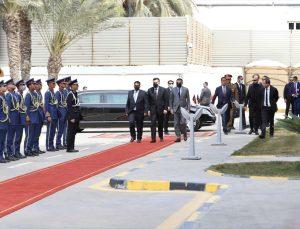 Libya Başkanlık Konseyi Başkanı Muhammed el-Menfi, Faiz es-Serrac'dan görevi devraldı