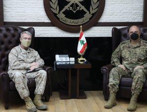 Lübnan Genelkurmay Başkanı Avn, ABD Merkez Kuvvetler Komutanı'yla askeri iş birliğini görüştü