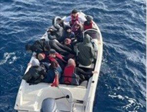 Mersin açıklarında 21 düzensiz göçmen yakalandı