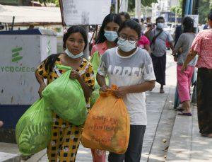 Myanmar'da darbe karşıtı gösterilerde gözaltına alınan 628 kişi serbest bırakıldı