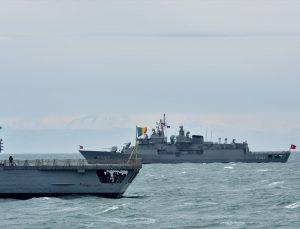 NATO savaş gemileri ortak tatbikat için Gürcistan'da