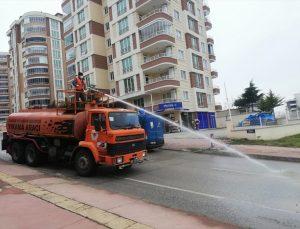 Samsun'da bir yıllık salgın sürecinde 4 milyon 650 bin metrekare kamu alanı dezenfekte edildi