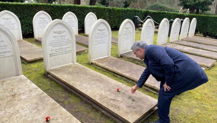 Türkiye'nin Londra Büyükelçisi Yalçın, Brookwood Şehitliği'ni ziyaret etti