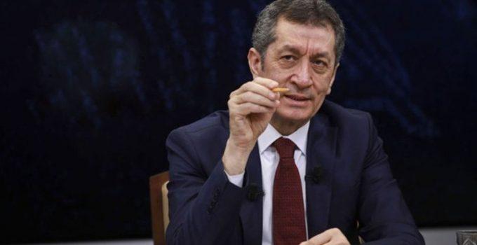 Milli Eğitim Bakanı Selçuk canlı yayında soruları yanıtladı: