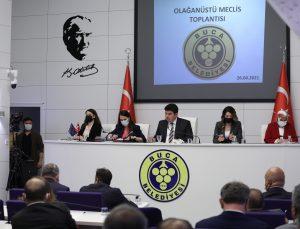 Buca Belediyesi, kentin temizlik devrimini gerçekleştirecek olağanüstü gündemle meclis toplantısı gerçekleştirdi.