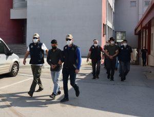 Adana merkezli FETÖ/PDY operasyonunda yakalanan 8 şüpheliden 3'ü tutuklandı
