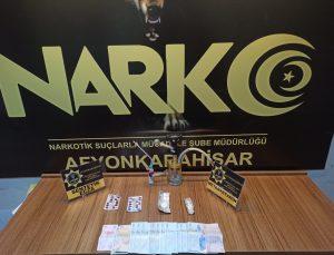 Afyonkarahisar'da uyuşturucu operasyonunda 3 şüpheli yakalandı
