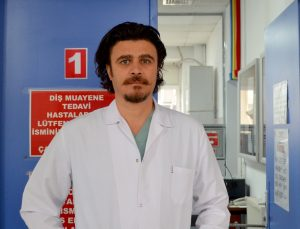 Ağız sağlığı kötü olan kişilerin Kovid-19'u daha şiddetli geçirdiği saptandı