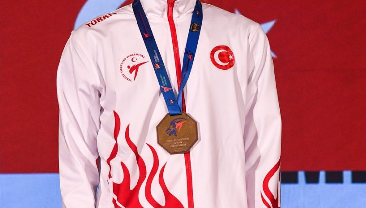 Milli tekvandocular Bulgaristan'da 1 altın 2 gümüş madalya kazandı