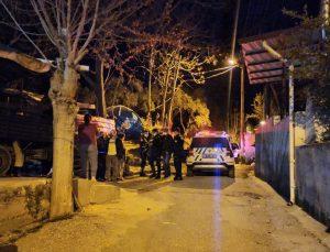 Aydın'da kayınbiraderinin hamile köpeğini silahla vurarak öldüren kişi gözaltına alındı