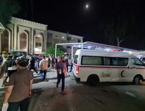 Bağdat'ta Kovid-19 hastalarının tedavi gördüğü hastanedeki yangında 20'ye yakın kişi öldü