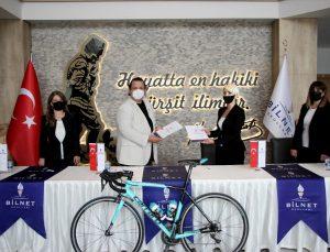 Bodrum Halikarnas Granfondo Uluslararası Bisiklet Yol Yarışına doğru