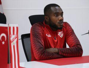 Boluspor'un golcüsü Kasongo, eski takım arkadaşı Mustafa Muhammed'i anlattı: