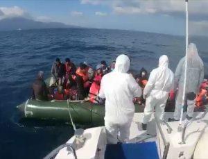 Çanakkale açıklarında Yunanistan unsurlarınca geri itilen 51 sığınmacı kurtarıldı
