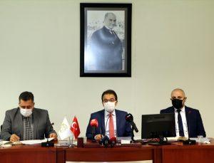 Çankırı Valisi Ayaz, aşılanan 65 yaş üstünde Kovid-19 kayıplarının düştüğünü, gençlerde ise arttığını söyledi