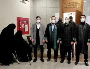 Çarşaflı kadın fotoğrafı paylaştığı iddia edilen doktora hakaretten yargılanan sanıkların beraatine hükmedildi