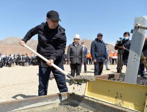 CASA-1000 yüksek gerilimli elektrik hattı projesinin Kırgızistan ayağına başlandı