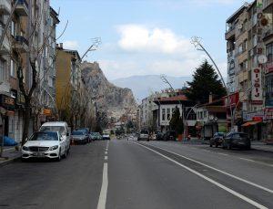 """""""Çok yüksek riskli"""" Samsun, Sinop, Kastamonu, Tokat ve Çankırı'da sokağa çıkma kısıtlaması nedeniyle sessizlik hakim"""