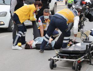 Denizli'de devrilen motosikletin sürücüsü yaralandı