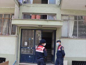 Denizli'de kendisini polis olarak tanıtarak 70 yaşındaki kişiyi dolandıran şüpheli yakalandı