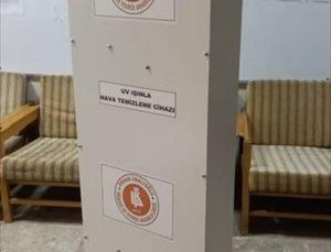 Denizli'de meslek lisesi ultraviyole ışıkla hava temizleme cihazı üretti