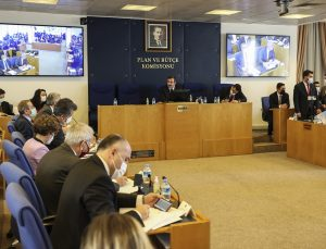 Ekonomiye ilişkin kanun teklifi TBMM Plan ve Bütçe Komisyonunda görüşülüyor