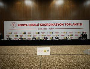 Enerji ve Tabii Kaynaklar Bakanı Fatih Dönmez, Konya'da gazetecilere değerlendirmelerde bulundu: