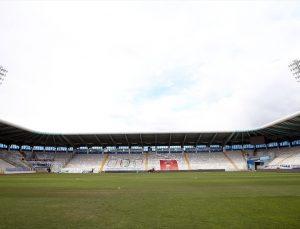 Erzurum Gençlik ve Spor İl Müdürü Taşkesenligil'den Kazım Karabekir Stadı'nın zeminiyle ilgili açıklama: