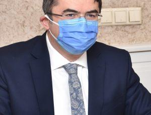 Erzurum Valisi Memiş Şehir Hastanesinin alarm verdiğini, Kovid-19 tedbirlerini sıkılaştıracaklarını açıkladı