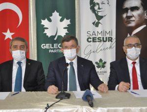 Gelecek Partisi Genel Başkanı Davutoğlu, Adana'da gazetecilerle bir araya geldi: