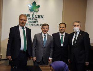 Gelecek Partisi Genel Başkanı Davutoğlu, Kilis'te partisinin il başkanlığı binası açılışına katıldı